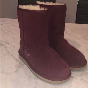 red UGGs size 7 women's